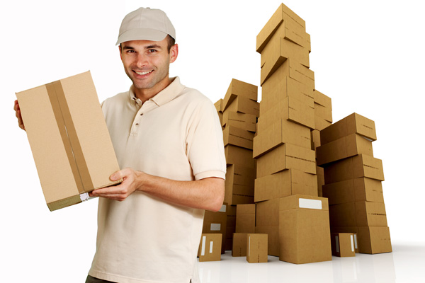 Advantages and disadvantages of hiring packing services